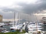 サンタ・ルチア港。ナポリ民謡で有名な場所。